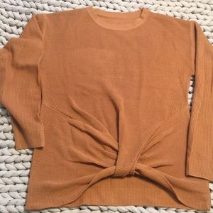 Twist front camel waffle sweater